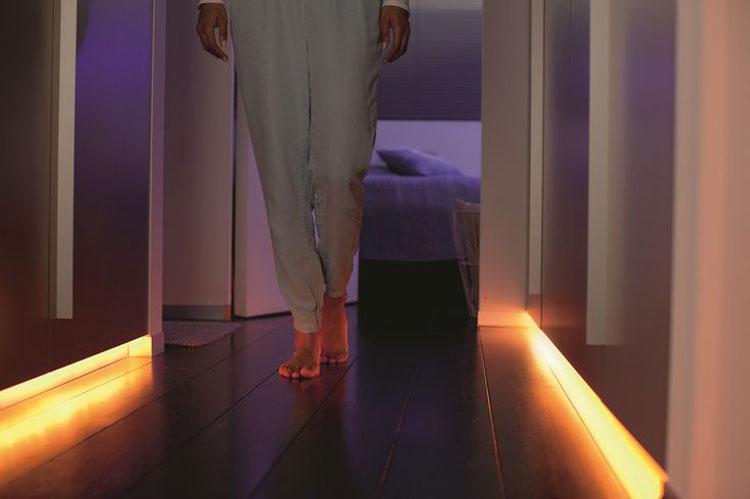 6 Gorgeous Philips Hue Light Set Ups - Hue Home Lighting