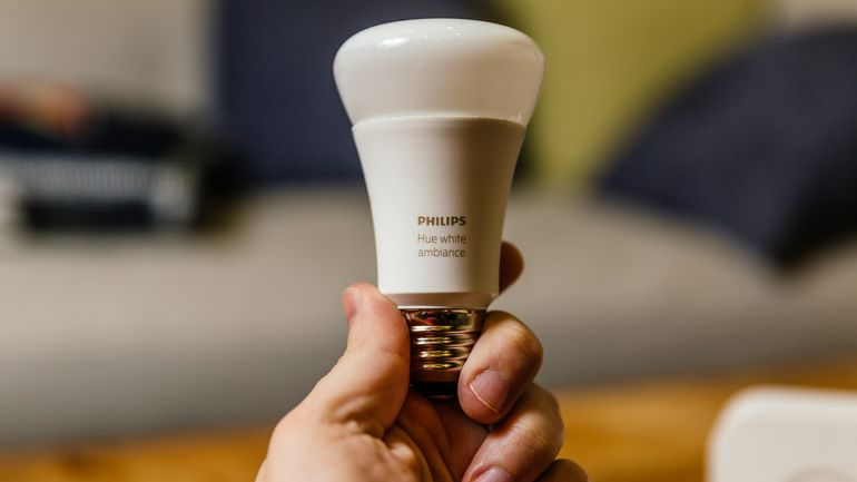 The Different Philips Hue Bulb Types & their Differences