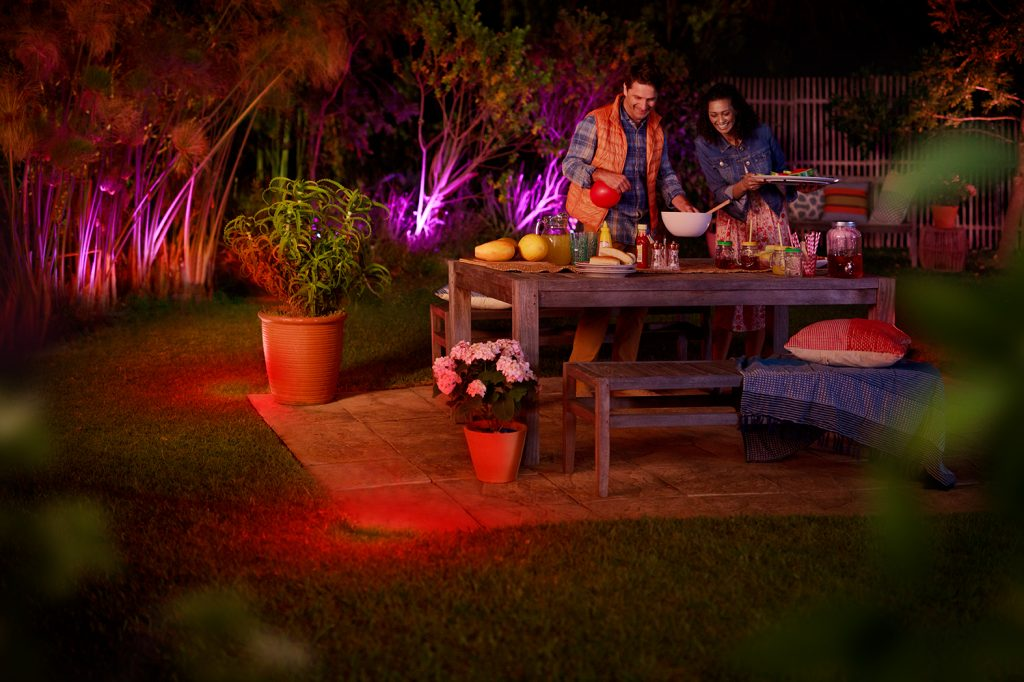 outdoor hue bulbs