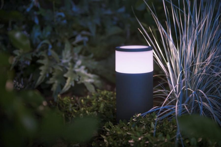 Philips Hue Outdoor Calla Bollard Review