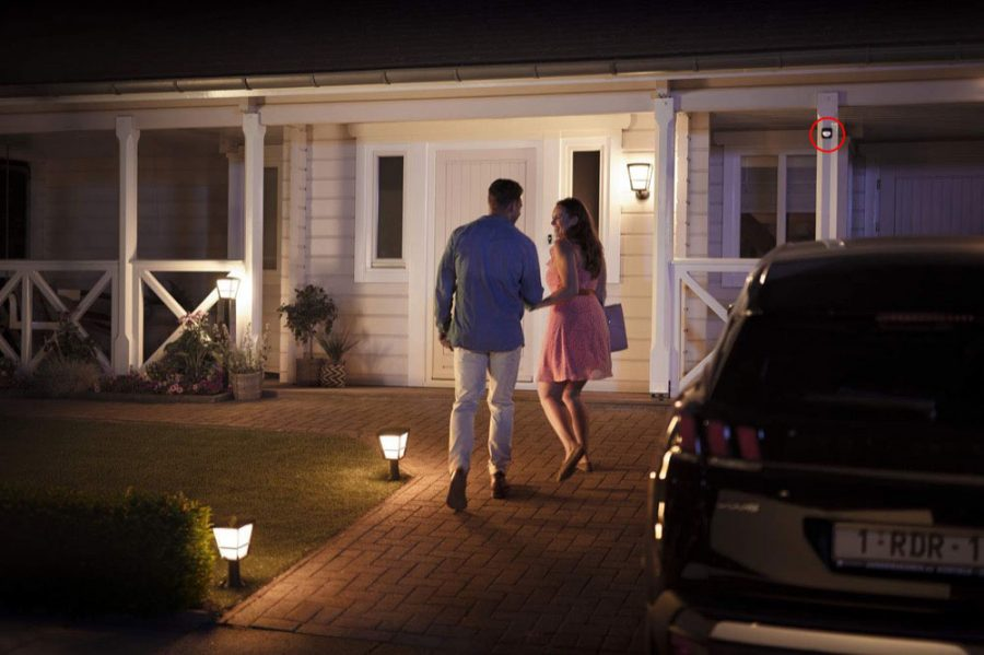 How to use the Philips Hue Outside