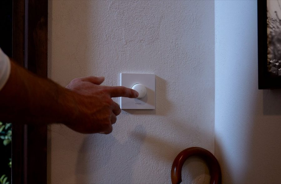 Philips Hue Smart Button Review